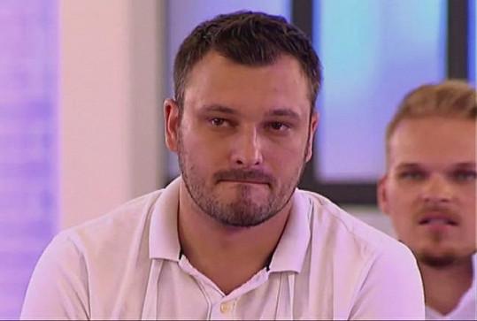 Tvrdý chlap Václav Říha se před televizními kamerami rozplakal.