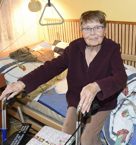 Jana Drbohlavová je v domově seniorů spokojená.