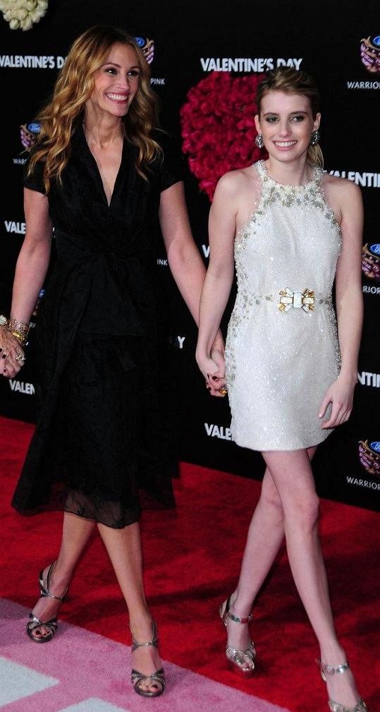 Emma s tetou Julií Roberts na archivním snímku