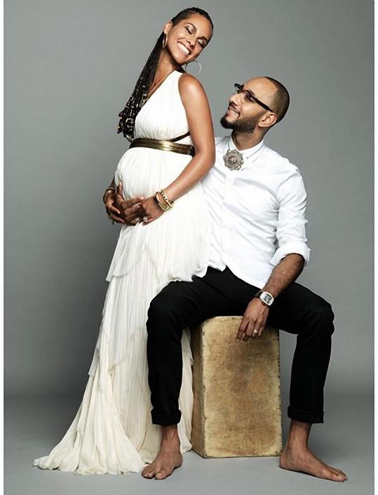 Alicia očekává s manželem druhého potomka.