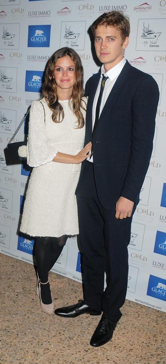 Rachel Bilson a Hayden Christensen jsou spolu s krátkou přestávkou od roku 2007.