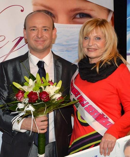 Vítězka Zdena Oldřichová s Davidem Novotným