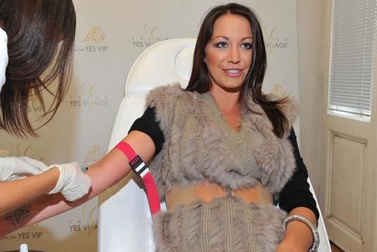 Agáta Hanychová si nechala udělat krevní testy.