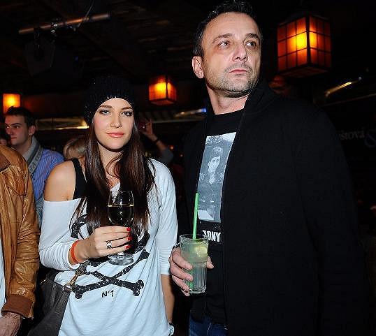 Po vítězství v Miss prožila Katka krátký románek s automobilovým závodníkem Honzou Charouzem. Delší dobu chodila s tureckým přítelem Jeanem. Nejdéle ale byla se zlatníkem Robertem Hájkem (na snímku vpravo).