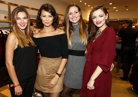 Andrea s kolegyněmi na představení zimních trendů v oblékání
