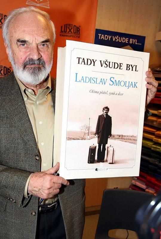 Zdeněk Svěrák na křtu knihy Ladislava Smoljaka