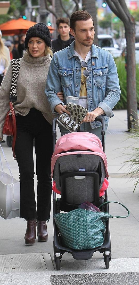 Manželé spolu mají dceru Banks. Z předchozího manželství má herečka ještě syna Lucu.