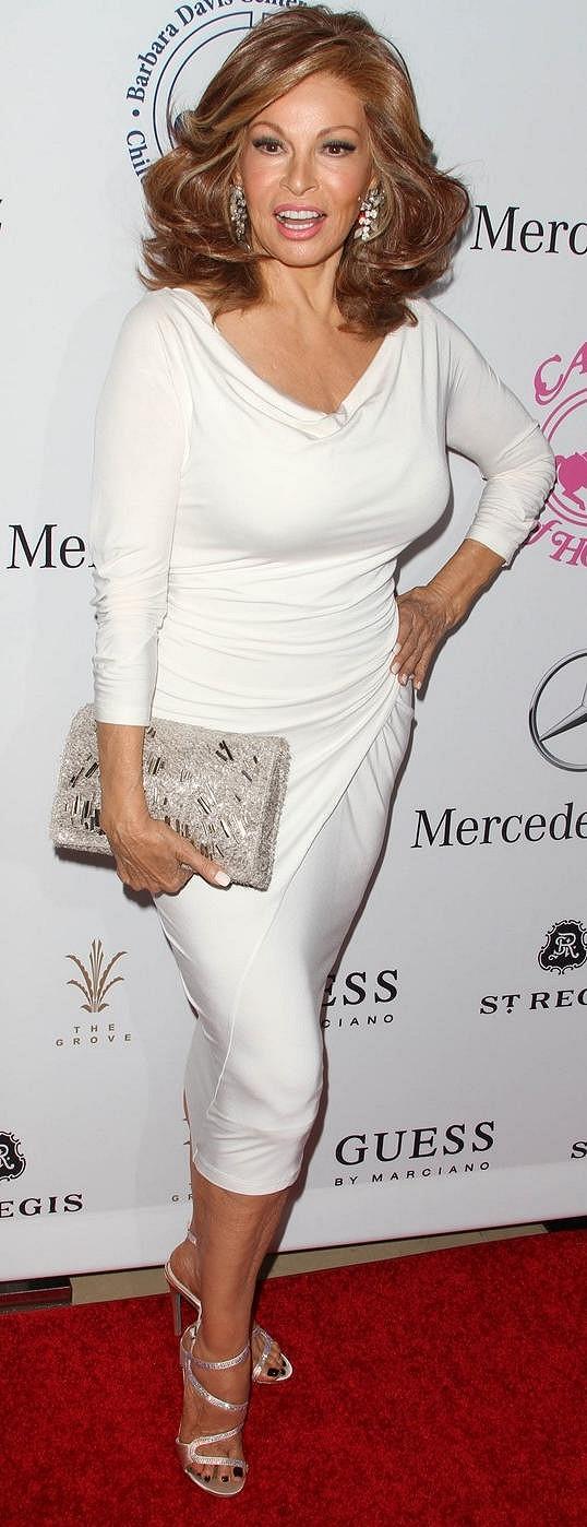 Raquel Welch v září oslavila 74. narozeniny.
