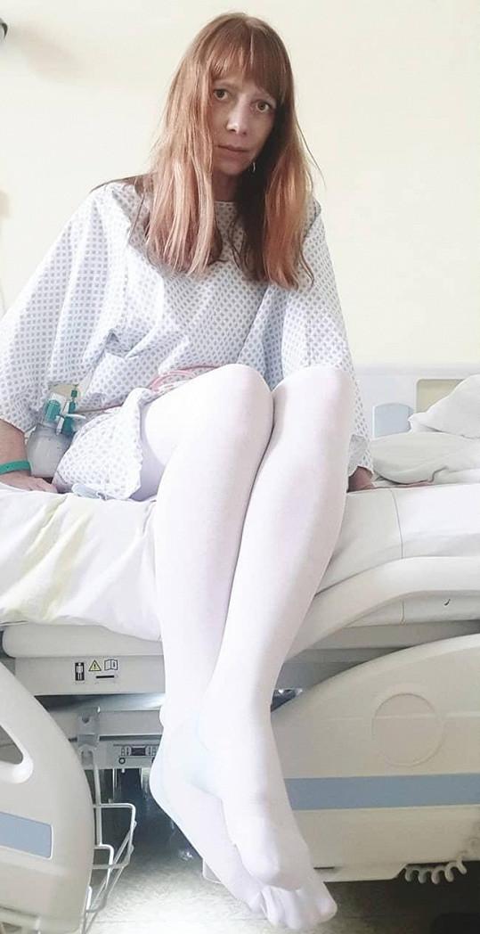 Podstoupila operaci prsou a jejich rekonstrukci.