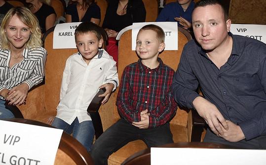 Dcera Karla Gotta Lucie Kovaříková s dětmi a manželem