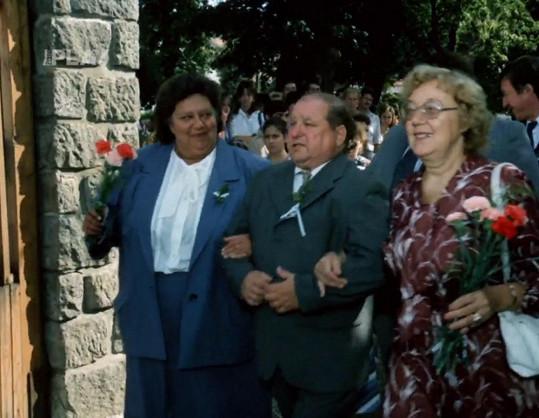 Škopkovi a paní doktorová ve filmu Slunce, seno a pár facek