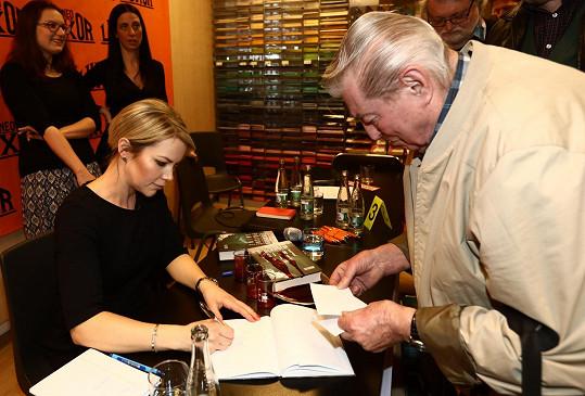 Autorky Hanna Lindberg přijela knihu osobně uvést do Česka.