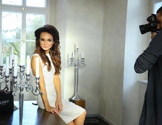 Gabriela během focení kalendáře italské kosmetické značky.