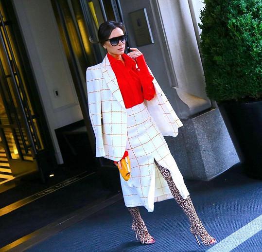 Victoria Beckham nyní upřednostňuje sofistikovanější vzhled.