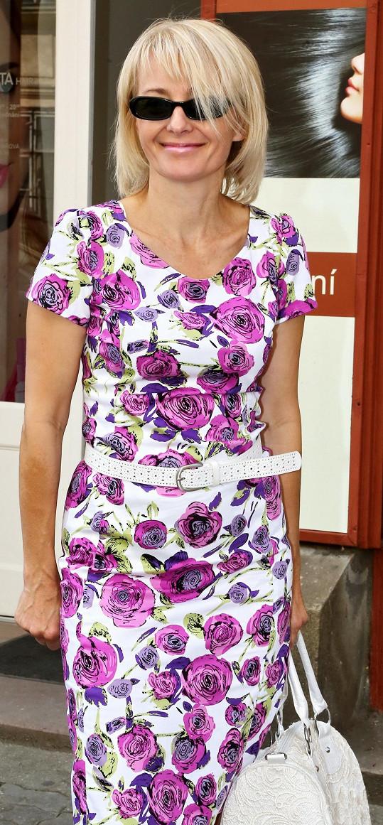 Veronika Žilková si nechává zahustit vlasy kvůli roli v seriálu.