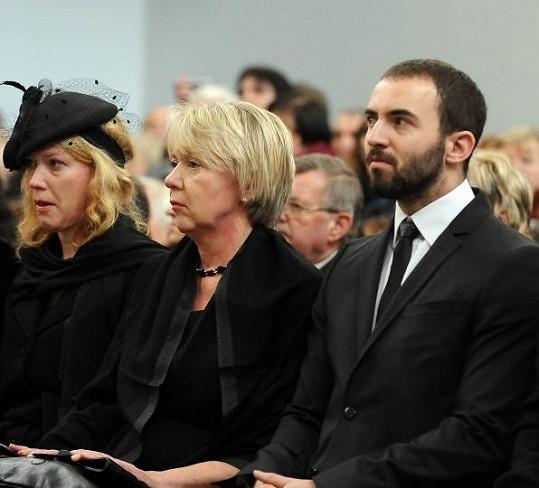 Bobkovi nejbližší: dcera Klára, manželka Marta a syn Pavel Bobek mladší.
