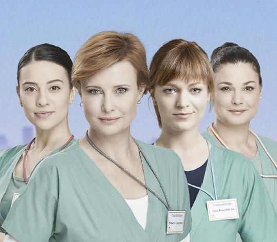 V hlavních rolích se představily (zleva) Barbora Černá, Jitka Schneiderová, Ester Geislerová a Martina Preissová.