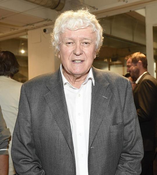 Miloš Zapletal je zakladatelem soutěže krásy v Česku. První finále se uskutečnilo v revolučním roce 1989.