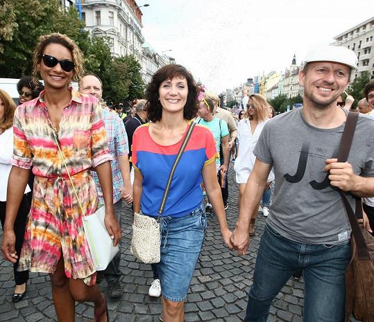S manželem Zdeňkem, s nímž má ještě dceru Sáru.