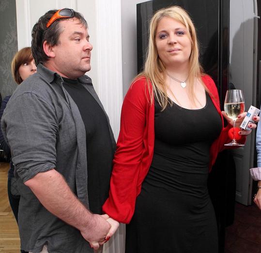 Hapková čeká miminko s manželem Dušanem.