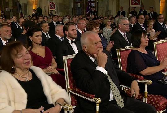 Václav Klaus mu netleskal, žena Miloše Zemana ale ano.
