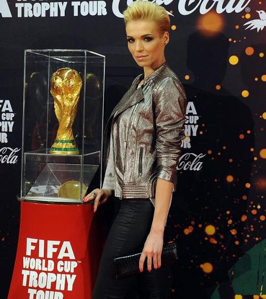 Hanku jsme vyzpovídali u příležitosti vystavení trofeje Fifa pro mistry světa v kopané.