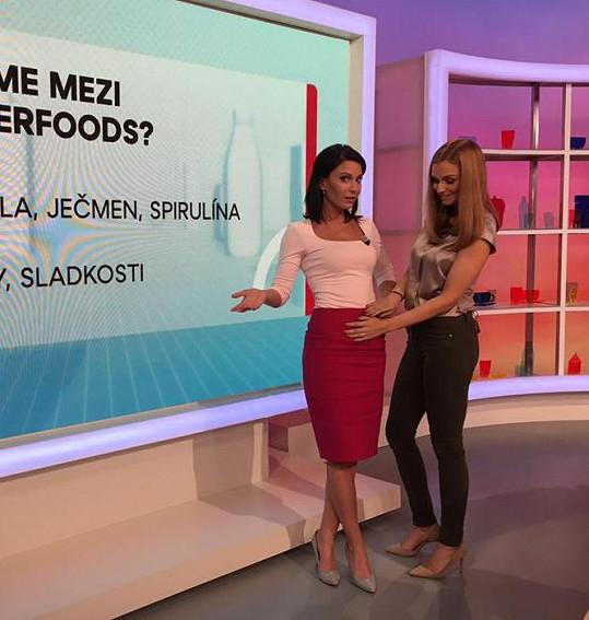 Tahle fotka vzbudila poprask. Rosnička Tereza Jandová ale těhotenské bříško nehladila...