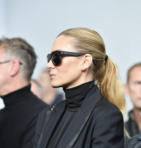... stejně jako modelka Kateřina Průšová