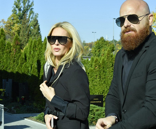 Dorazila i Simona Krainová s manželem Karlem