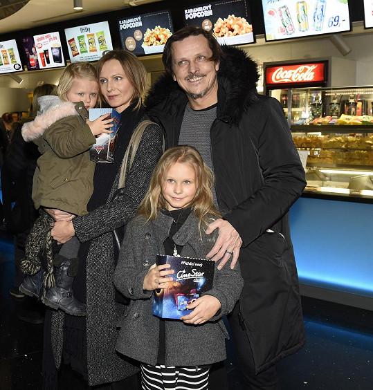 Michal Malátný se pochlubil rodinkou.