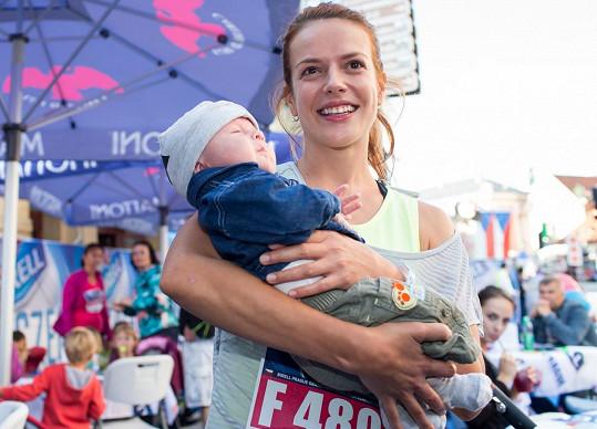 Andrea Kerestešová a její nejmenší fanoušek