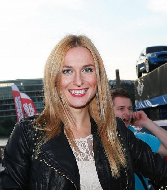 Romana Pavelková byla před lety blondýnka.