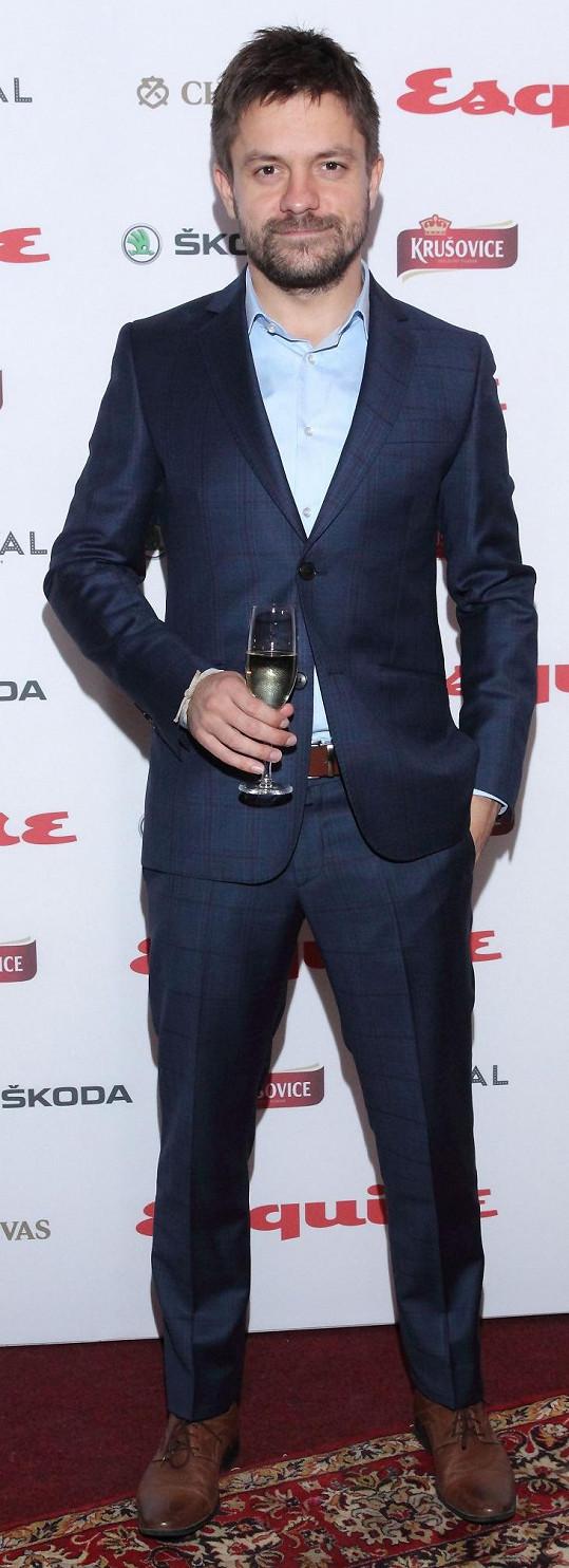 Jiří Mádl si odnesl jednu z cen ze soutěže Esquire Man.