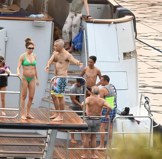 Robbie Williams a Ayda Field na jachtě v Turecku.