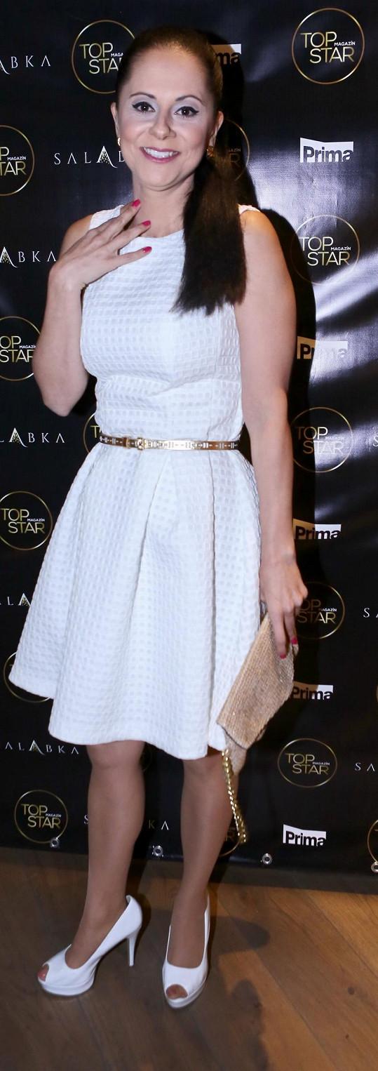 Na mejdan TopStaru na Salabku si stejné šaty vzala Laďka Něrgešová.