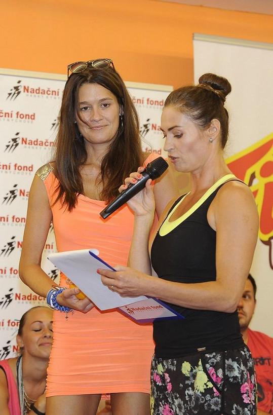 Účastnila se charitativní akce cvičitelky Hanky Kynychové.