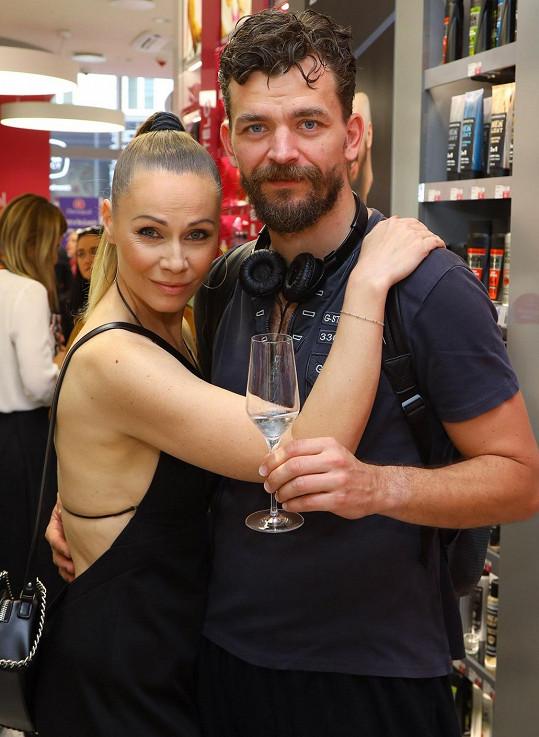 Pavla s manželem Dušanem Vitázkem