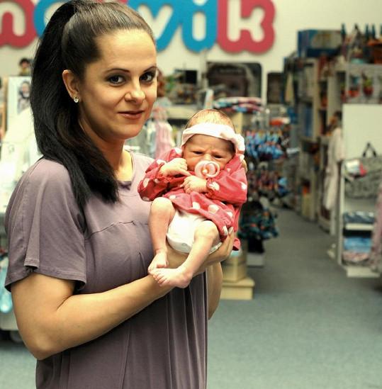 Druhé těhotenství a porod pro moderátorku nebyly procházkou růžovým sadem, třetí dítě tak neplánuje.