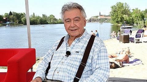 Josef Zíma skončil v nemocnici.