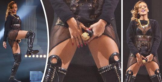 Rihanna a její odvážné pózy.