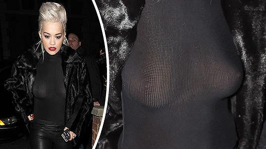 Rita Ora považuje podprsenku za zbytečnou součást šatníku.