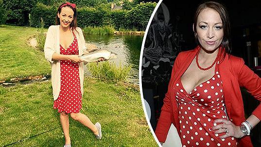 Agáta Prachařová chytala ryby ve svých oblíbených šatičkách.