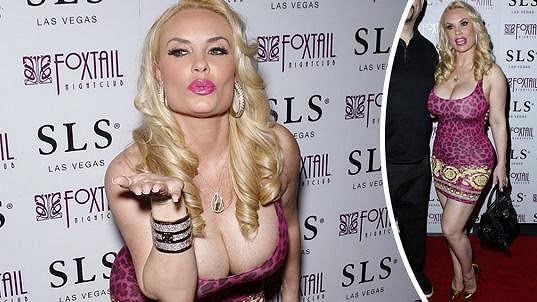 Coco Austin oslavila narozeniny jako vysloužilý sexsymbol.