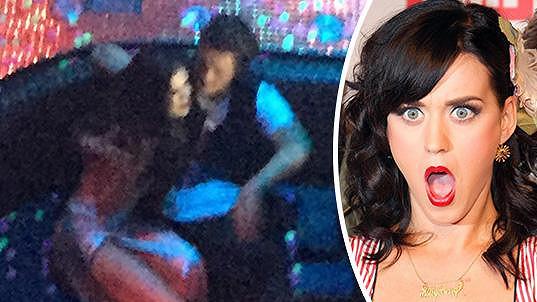 Orlando Bloom má u Katy Perry co žehlit...