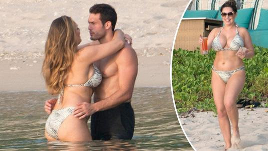 Kelly Brook vyrazila s partnerem do Thajska.