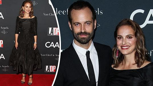 Natalie na sobě měla černé šaty od Diora a moc jí to slušelo.
