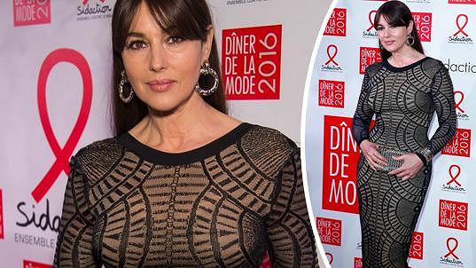 Monica Bellucci zraje jako víno.