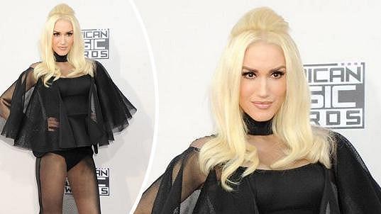 Gwen si oblékla opravdu odvážné šaty.