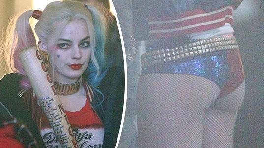 Margot Robbie právě natáčí v tomto bláznivém kostýmu.