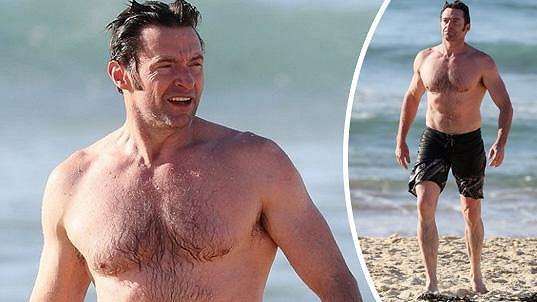 Hugh Jackman předvedl svou muskulaturu.